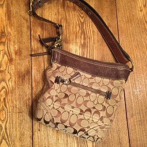 COACH 10402 Signature Hobo Bag
